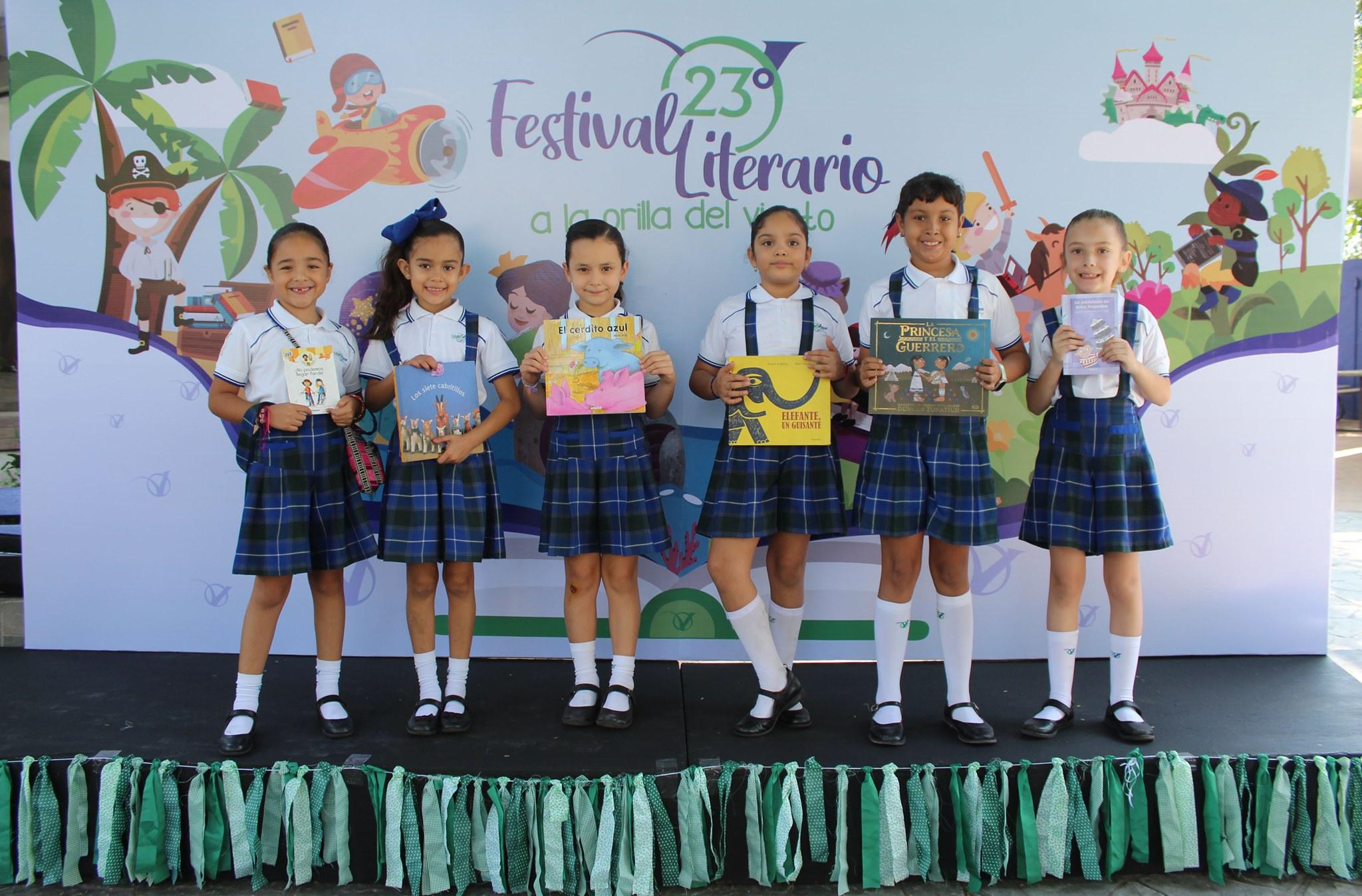 """Festival Literario """"A la orilla del viento""""."""