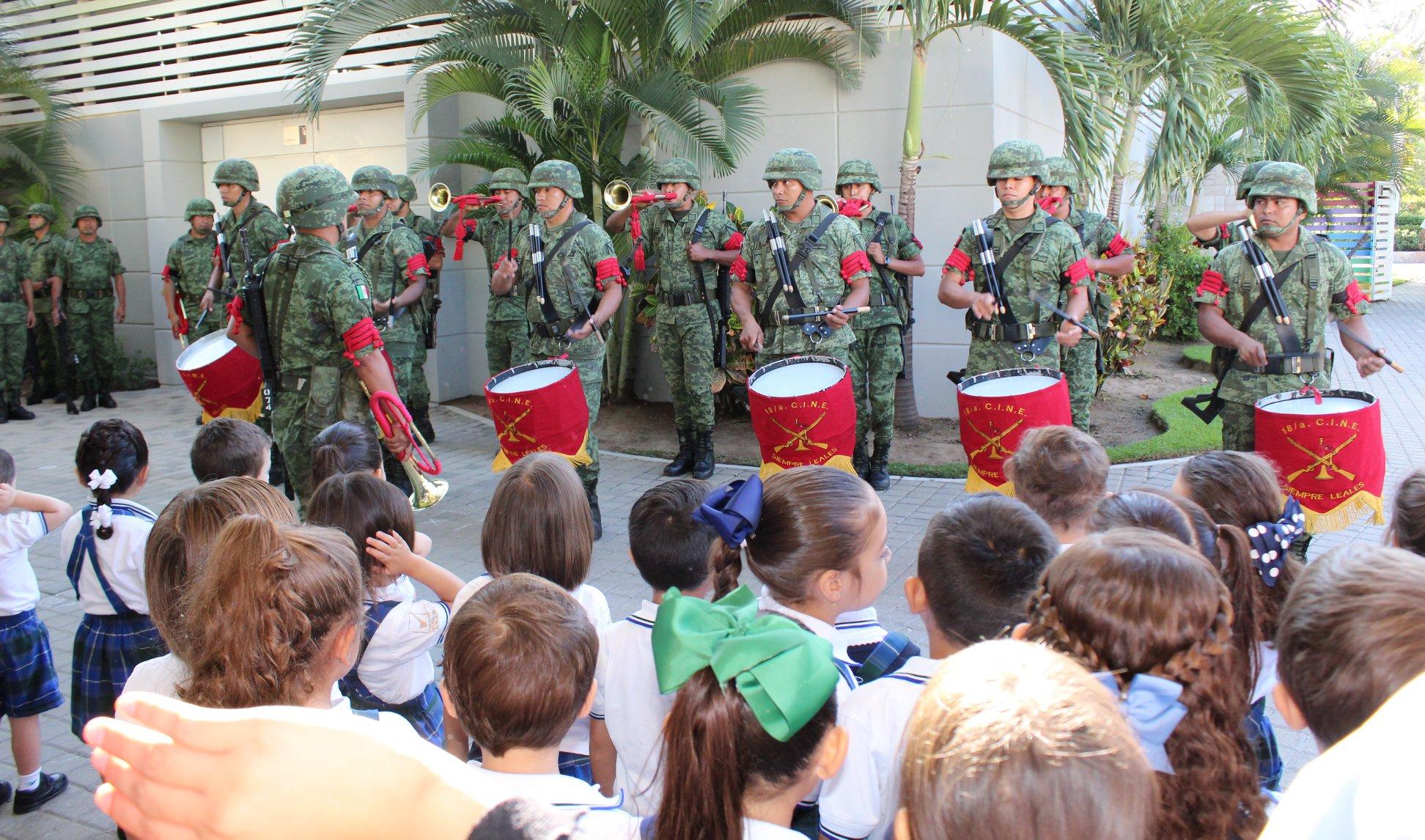 """Ceremonia Especial """"Día de la Bandera""""."""